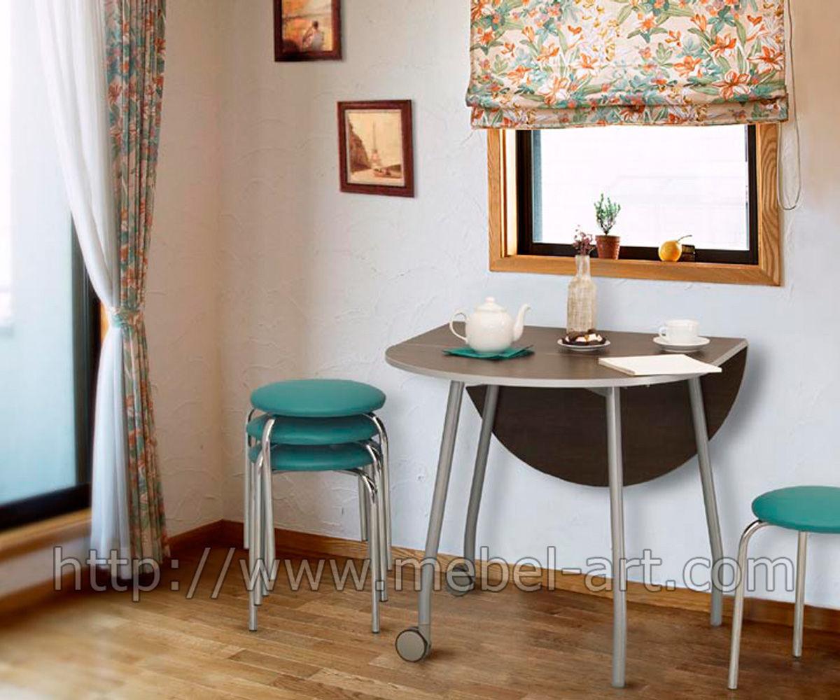 стол в очень маленькая кухня фото